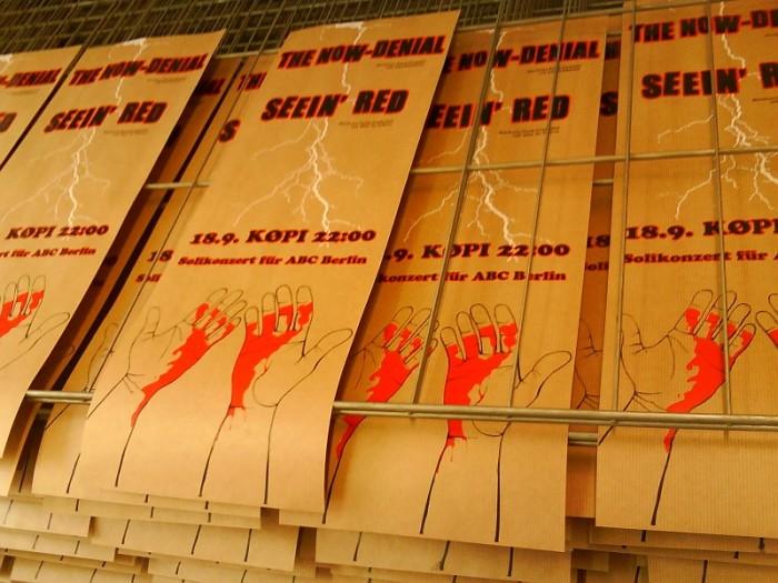 The Now-Denail und Seein' Red in Berlin am 18. September 2010 in der Köpi