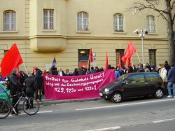 Solikundgebung für Gülaferit Ünsal in Berlin am 15. Januar 2012 vor der JVA Berlin-Lichtenberg