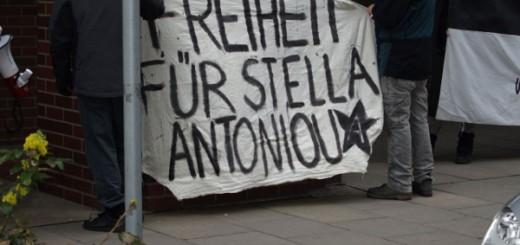 Solidarität mit Stella Antoniou in Hamburg